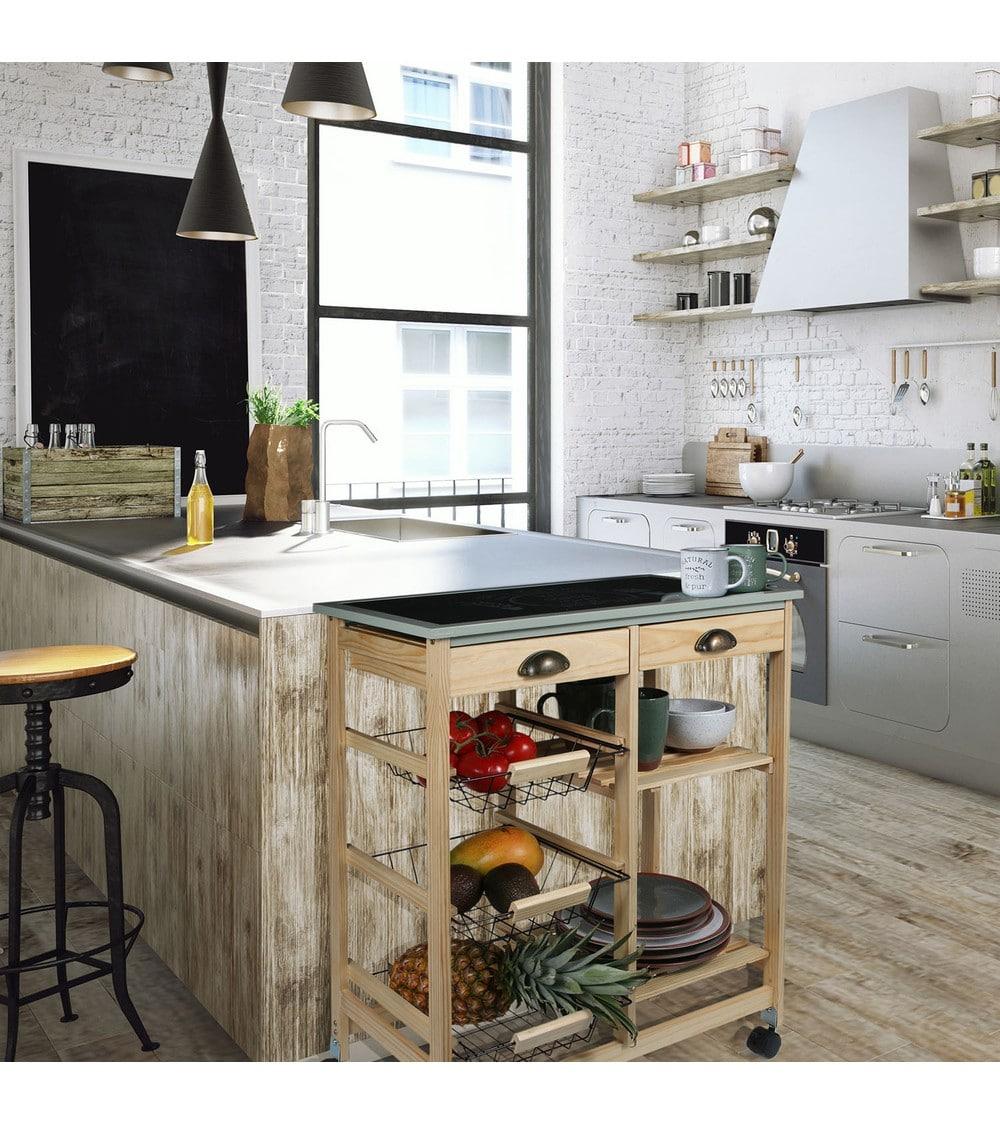 desserte scandinave à roulette dans une cuisine