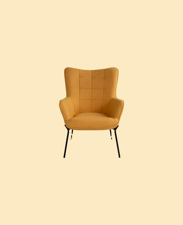 Chaise jaune accoudoir