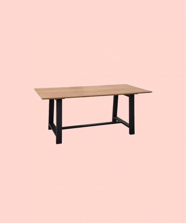 Table scandinave de salon en bois et pieds métal